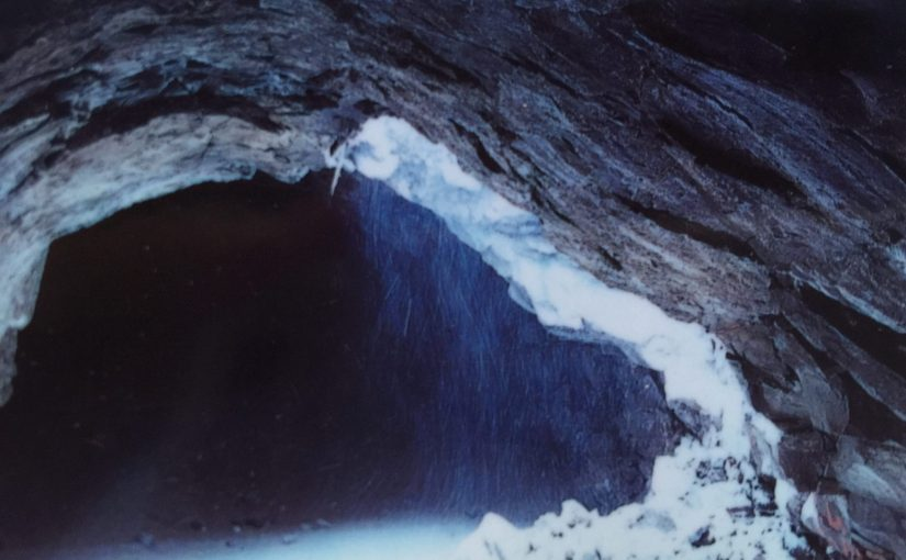 マウントシャスタ旅行記9 子宮の洞窟-生まれ変わるということ