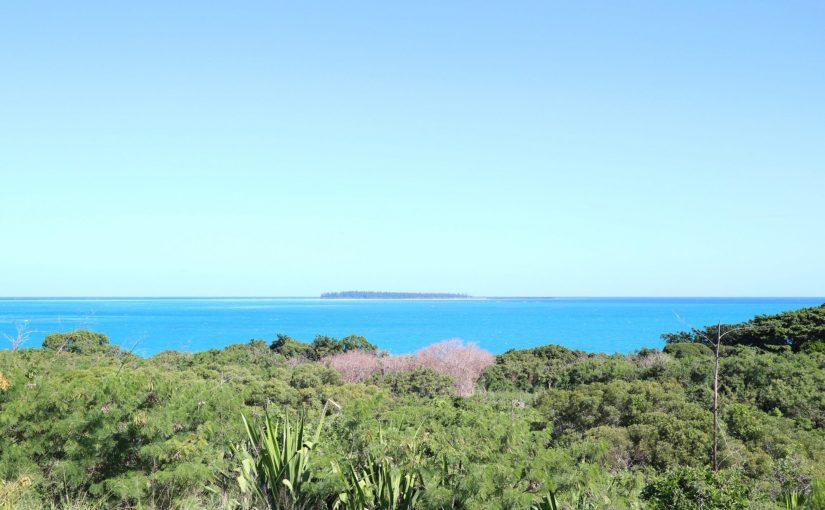イルデパン 青い海を眺めながらサイクリング-レンタサイクルでバオ村観光-ニューカレドニア旅行記