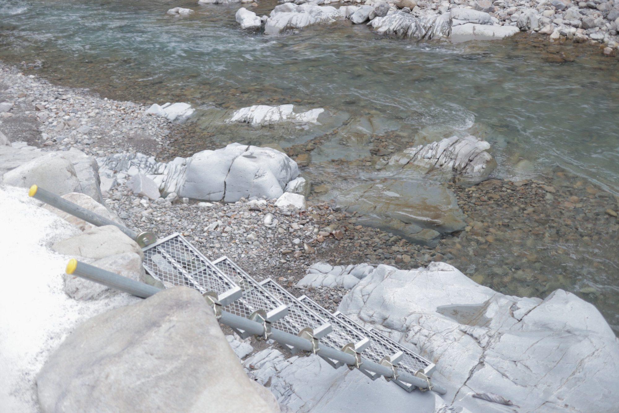 上湯温泉 河原の大露天風呂